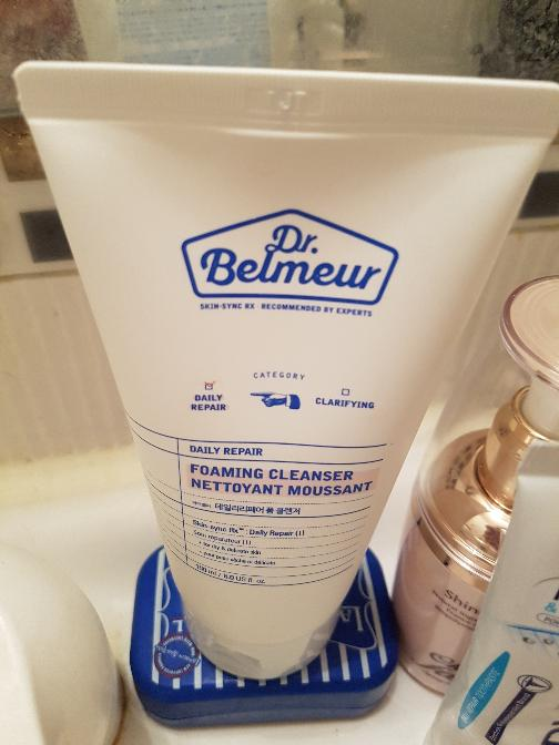dr-belmeur-daily-repair-foam-cleanser