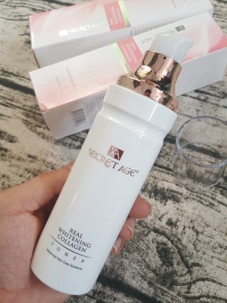 Nước Hoa Hồng Secret Age Real Whitening Collagen Toner
